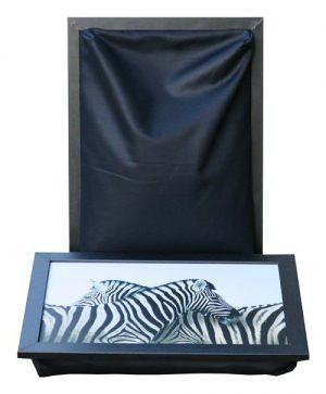 Dienblad-met-kussen-laptray-Zebra-met-zwart-schootkussen