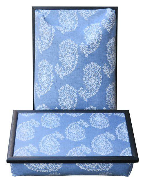 Dienblad-met-kussen-schootkussen-Paisley-blauw-voorkant