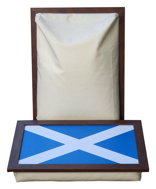 Schoottafel-Laptray-Schotse-vlag-Andrews-Cross-ecru-schootkussen